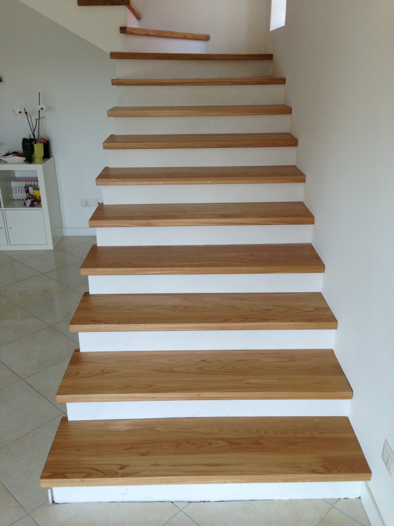 Rivestimento in rovere solo pedata jamar snc scale in legno - Rivestimento in legno per scale ...