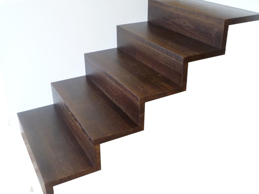 Scala a sbalzo con alzata jamar snc scale in legno - Scale autoportanti in legno ...